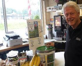 President Bill Clinton supports World's Largest Golf Outing