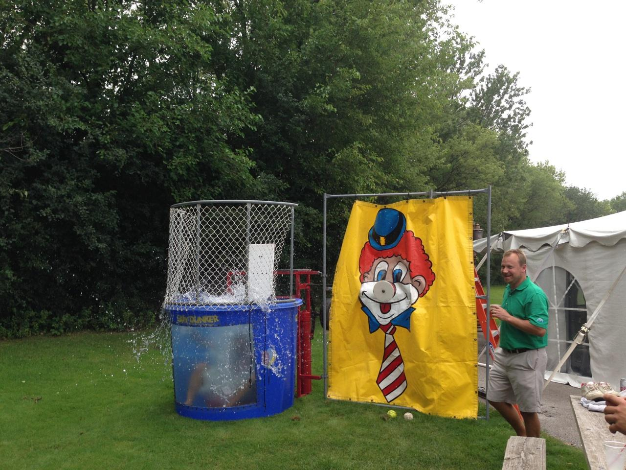 World Biggest In The Dunk: Billy Casper Digital Network: BCG Employee Takes A Dunk