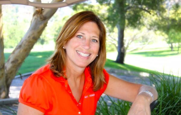 Donna Hoffman head shot