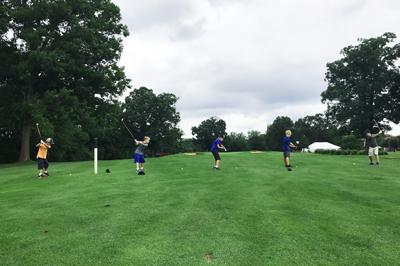 Reston National Spring Break Junior Camp Golfers