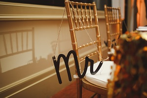 Sweetheart Table Mr. Chair Hanger